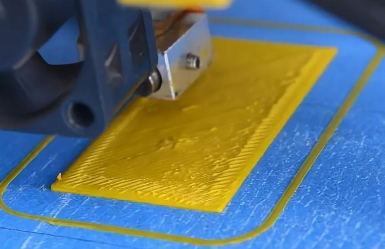 Не прилипает первый слой при печати на 3D Принтере?